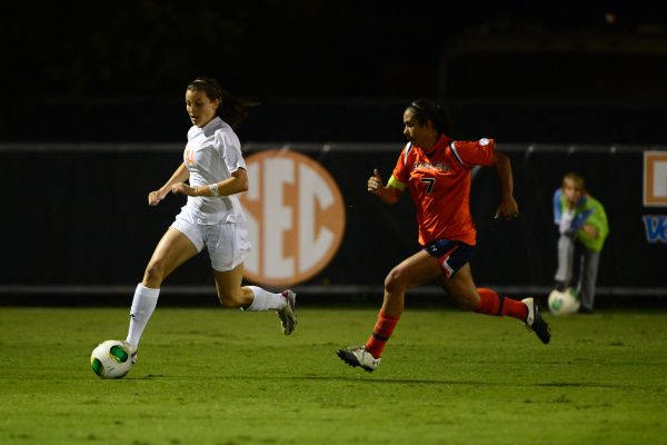 UT Lady Vols and Auburn Tigers end on a Draw 1-1
