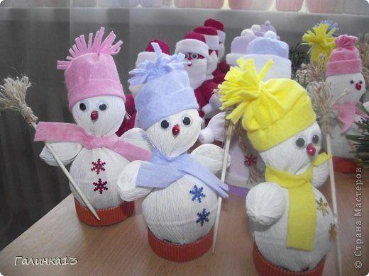 Мастер-класс Свит-дизайн Новый год Моделирование конструирование Дед Мороз и Снегурочка Бумага гофрированная фото 23