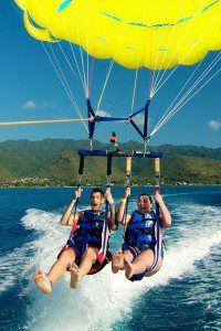 Parasailing on Oahu #Parasail #Oahu #Hawaii