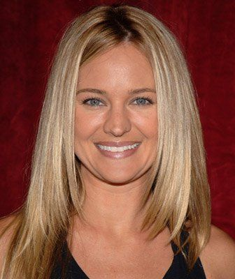 Sharon Case: Love her long layers