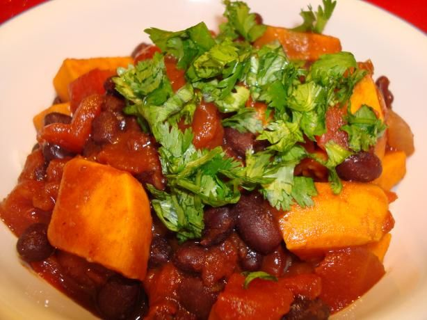 Black Bean and Sweet Potato Chili (Vegetarian). Photo by Starrynews throw it all in the crockpot :)