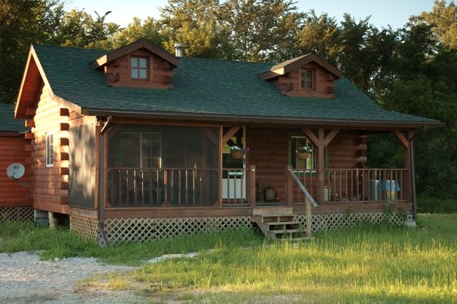 Kentner 39 s riverfront cabins are located in picturesque for Fishing cabins in wisconsin