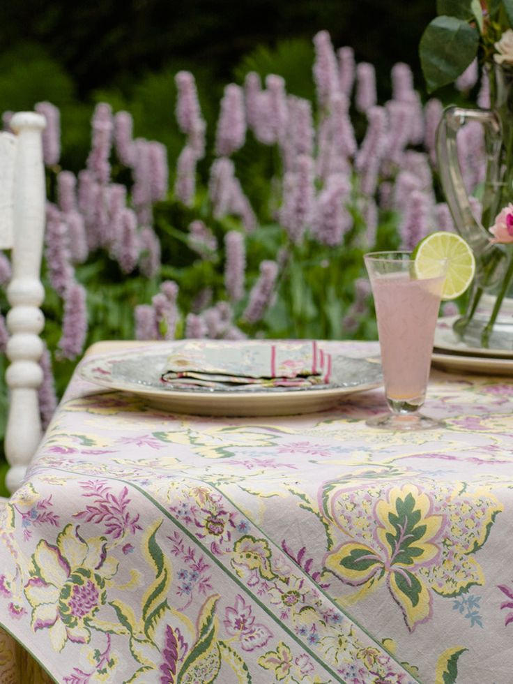 Evelyn Tablecloth By April Cornell