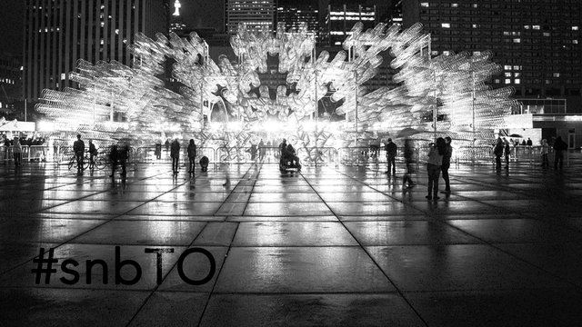 Nuit Blanche Toronto 2013 was produced by BizMedia (facebook.com/BizMediaAgency) Shot & edited by cinematographer Jon Simonassi (twitter.com/jonsimo) Timelapse photography by Javin Lau (www.javinlau.com) Track: Forest (Monokle Remix) - Milinal  Special thanks to: James Hughes (twitter.com/JHUZE)