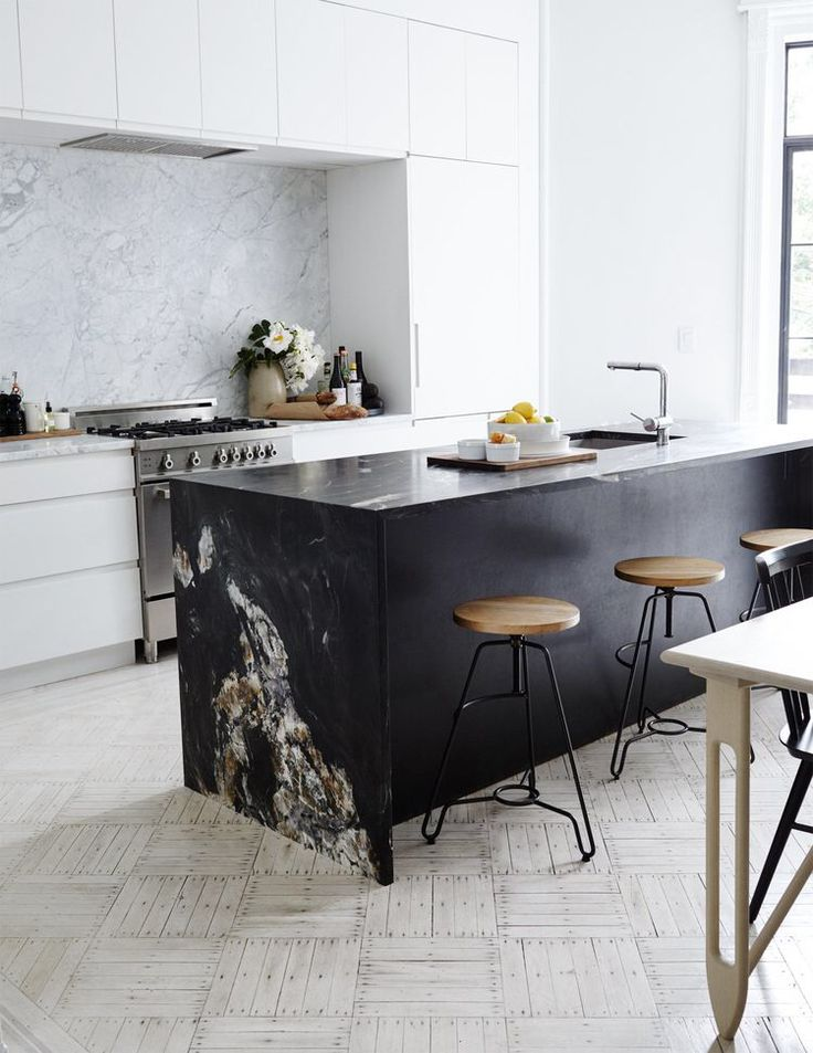 Sartorial Brooklyn brownstone with scandi vibes