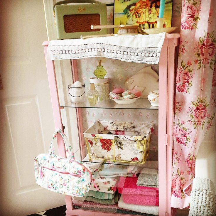 Colour Inspiration A Retro Kitchen From Sarah 101: 17 Best Images About Granny Chic On Pinterest