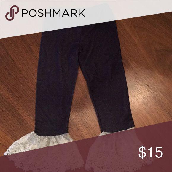 Slim fitting pants size 4- from Cracker Barrel Slim fitting pants size 4- bought at Cracker Barrel Bottoms