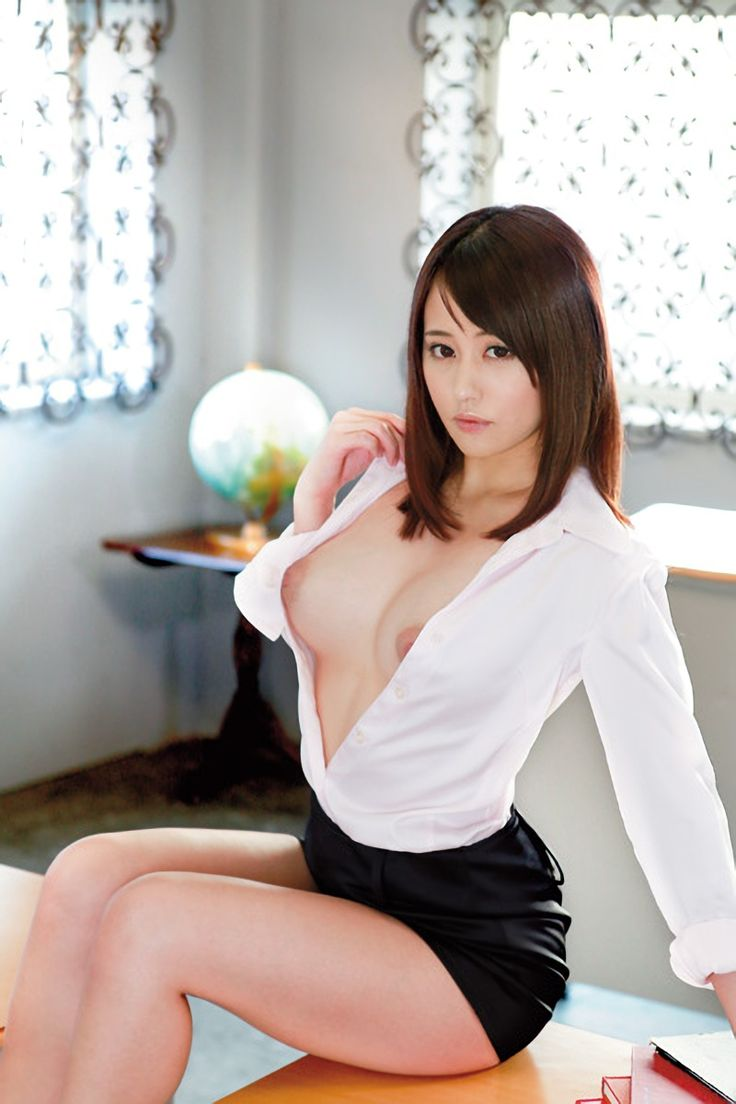female-nude-sexy-asian-secretaries-eden-cum-face