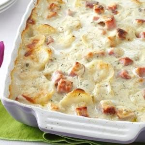White Cheddar Scalloped Potatoes Recipe from Taste of Home
