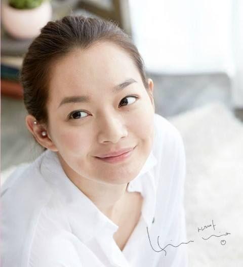 SHIN MIN AH (신민아): classic white shirt 다모아 코리아 핼로우~WWW.MD414.COM~다모아 코리아 핼로우