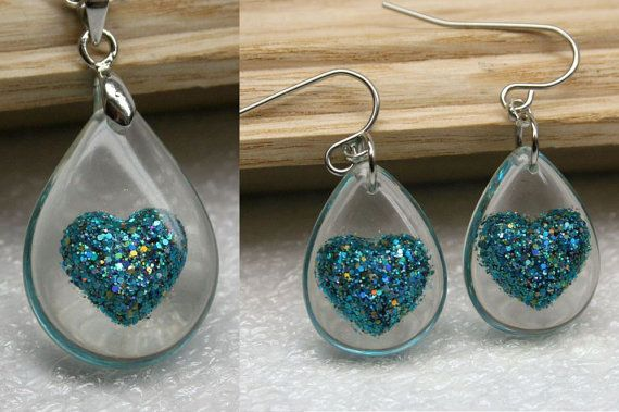 Resin glitter earrings and Pendant   Resin Jewelry  by Olisava