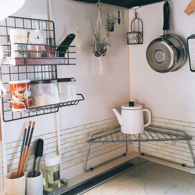 キッチン ひとり暮らし セリアだらけ 100均 キャンドゥ などのインテリア実例 2016 07 11 07 30 08 Roomclip ルームクリップ 狭いキッチン レイアウト 小さなアパートのキッチン 小さなキッチンデザイン