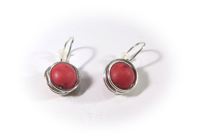 The red howlite earrings wire wrapping by Stonevibration on Etsy