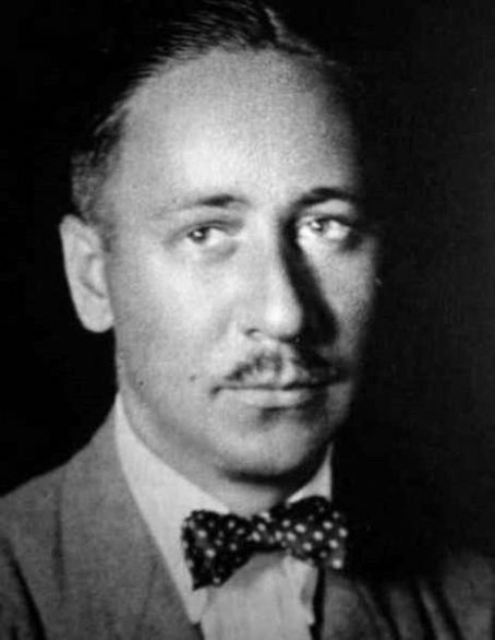 "Robert Benchley, humorist, critic, writer, actor. ""It took me 15 years to discover I had no talent for writing, but I couldn't give it up because by that time I was too famous."""