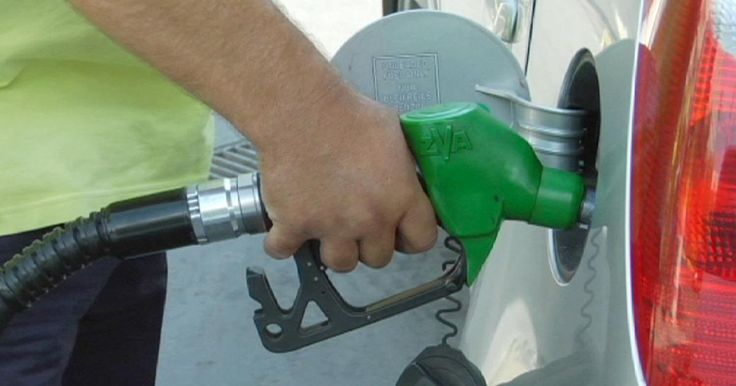 El barril de petróleo Brent cae por debajo de los 30 dólares | Radio Panamericana
