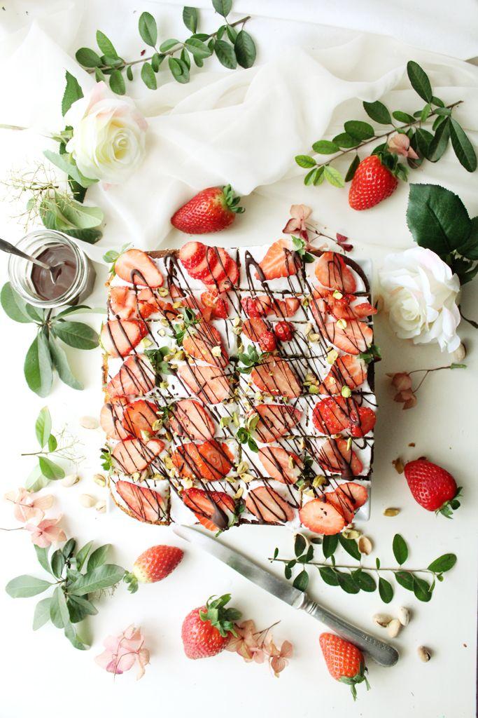 strawberry cream cheese pistachio petit fours (vegan)