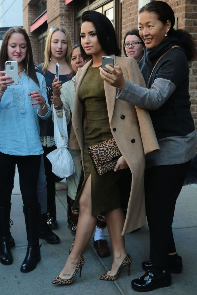 Demi Lovato Leaving the Greenwhich Hotel in NYC : Global Celebrtities (F) FunFunky.com