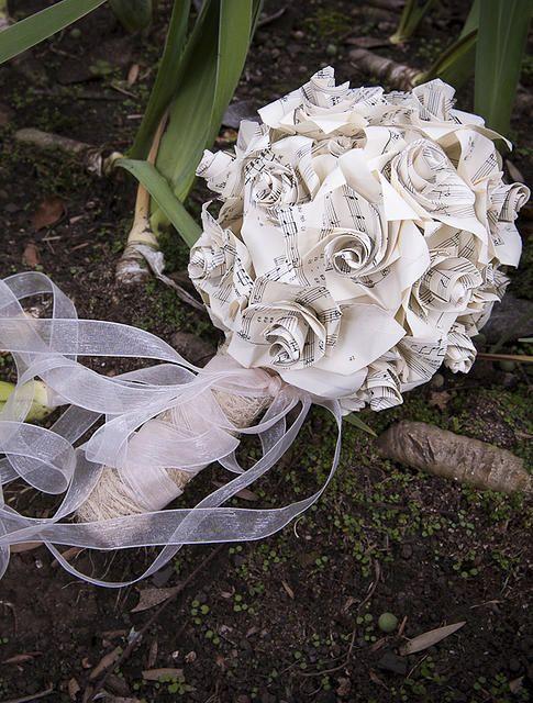 Ramo de novia tsuru diseño bogota origami
