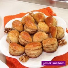 kolay ve pratik ev yapımı dilber dudağı tatlısı tarifi nasıl yapılır, farklı değişik baklava şerbetli tatlı tarifleri, geleneksel yöresel lezzetler tatlı tarifleri