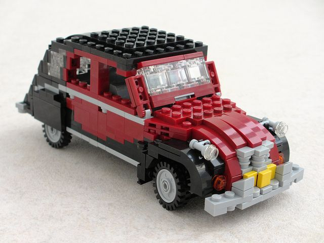 Citroen 2CV Charleston in Lego • Citroen 2CV 'duck'