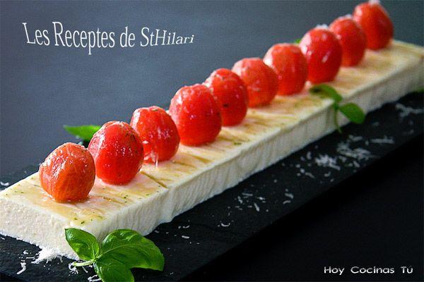 mousse de queso parmesano con tomates cherry