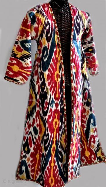 Ikat robe
