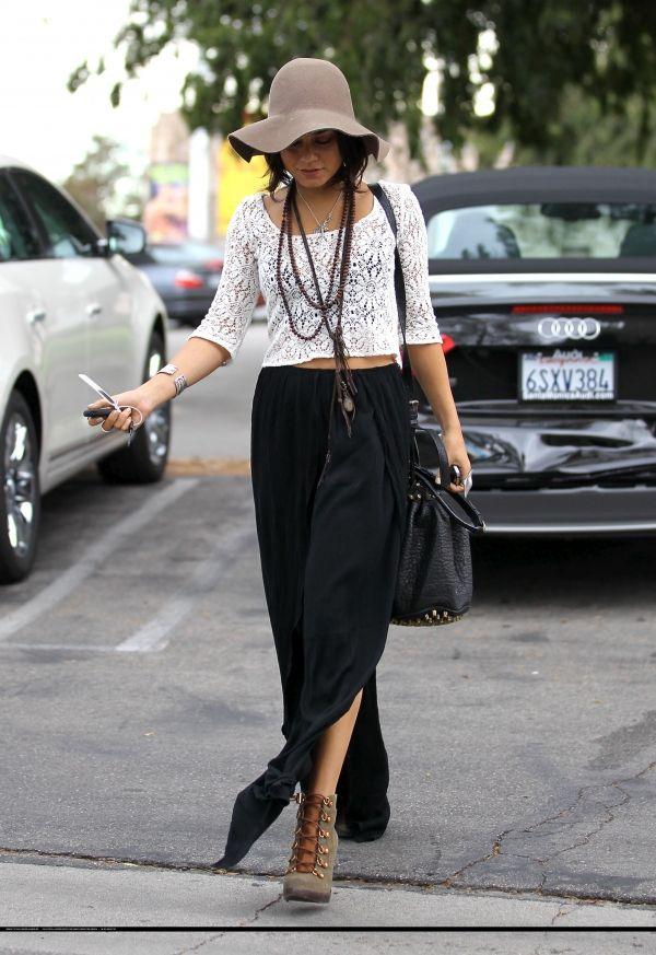 Vanessa Hudgens maki 2 slits fold skirt: