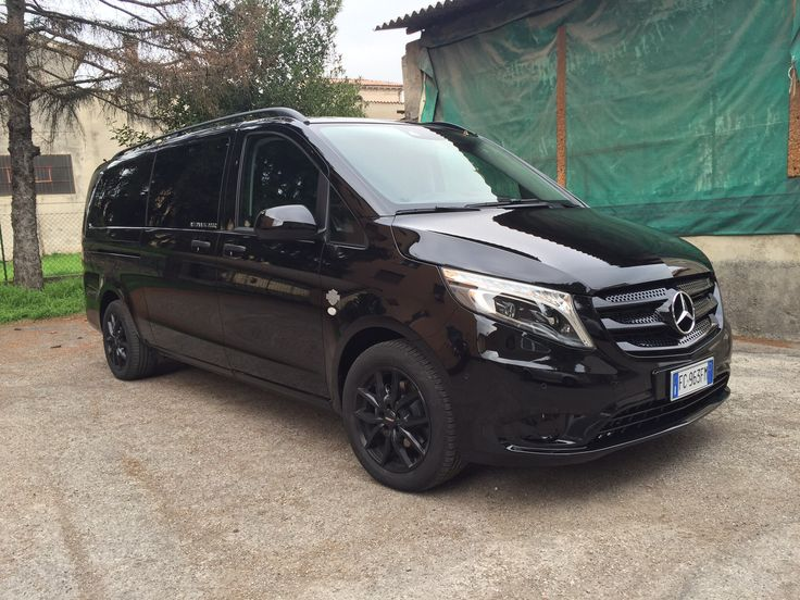 Best 25 mercedes benz vito ideas on pinterest mercedes for Mercedes benz luxury van