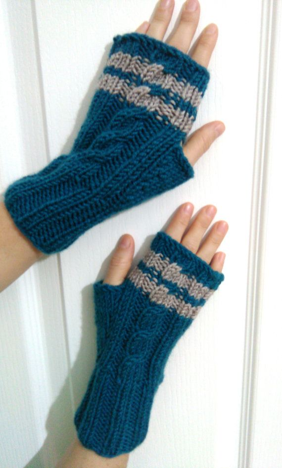 Green and Beige Fingerless Gloves Unisex by SELINCE on Etsy