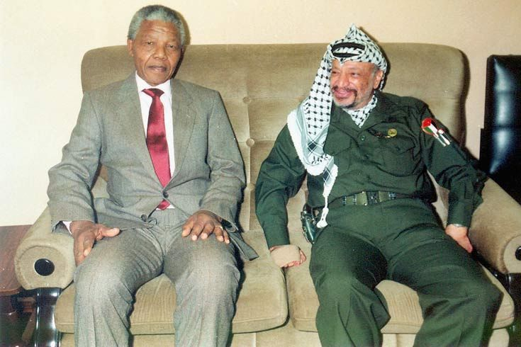 1990: Mandela was released from prison on 11 February 1990. One of the first people he met abroad was Yasser Arafat, the Palestinian leader.