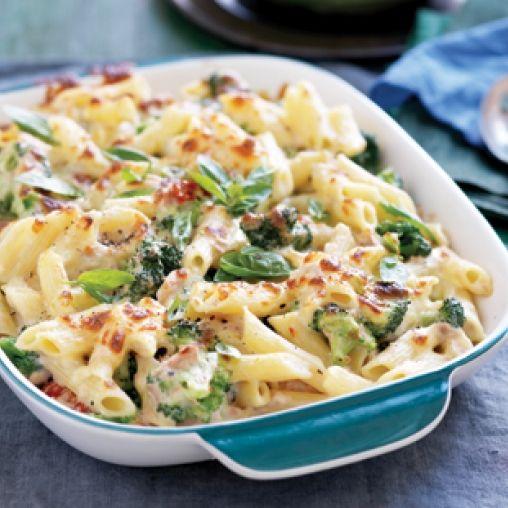 Creamy tuna and broccoli pasta bake | Healthy Food Guide