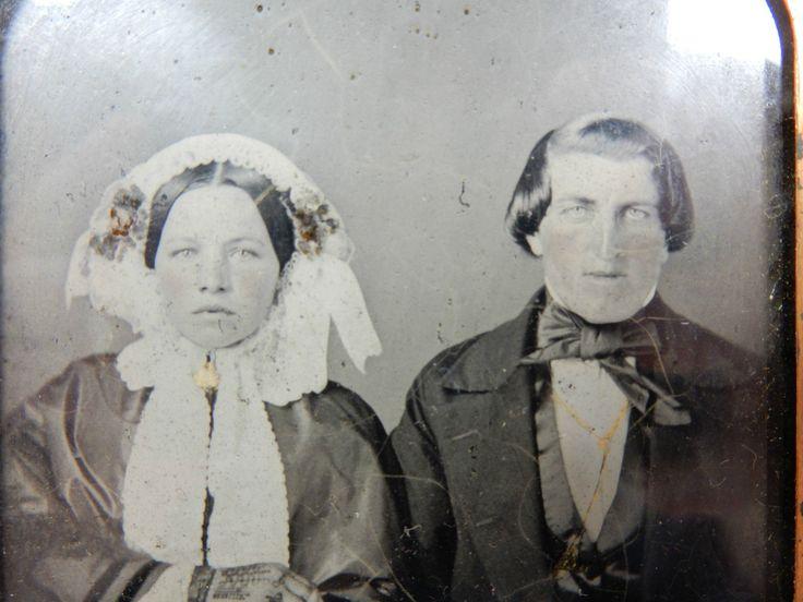 Schöne alte Daguerreotypie / Fotografie Ehepaar Trachtenkleidung im Etui 10247 | eBay