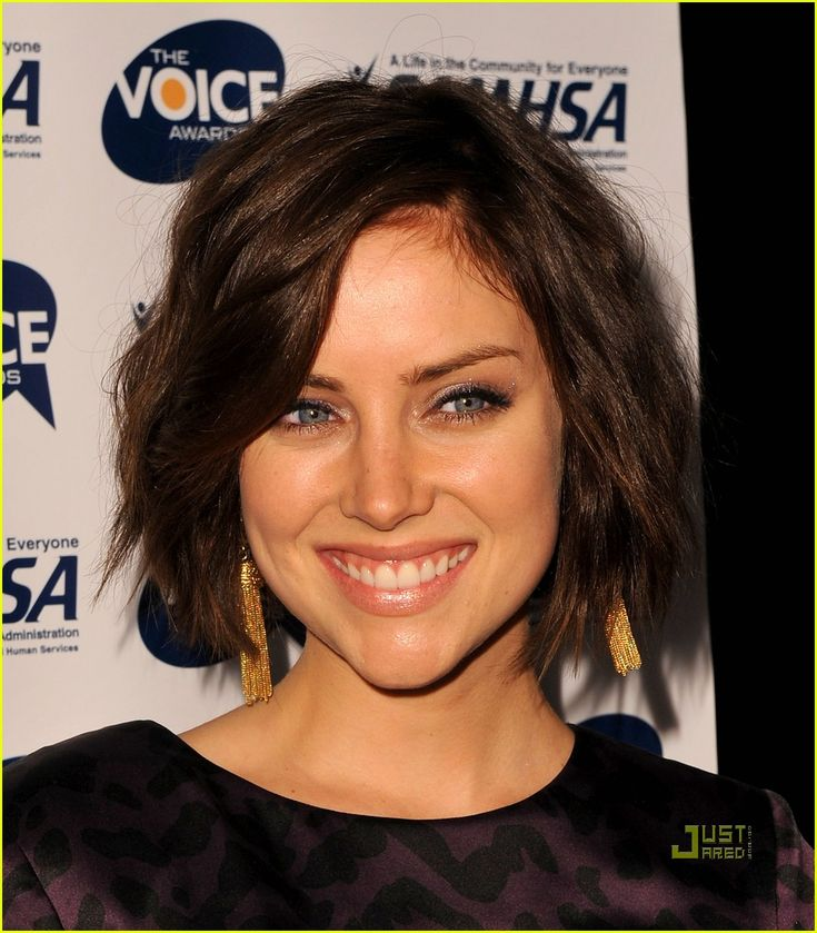 Google Image Result for http://cdn03.cdn.justjared.com/wp-content/uploads/2009/10/stroup-voice/jessica-stroup-voice-awards-07.jpg
