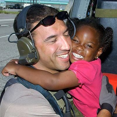 Hot: 'Katrina Girl' Found! Soldier and the Girl He Rescued During the 2005 Hurricane Will Finally Be Reunited