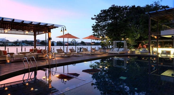 Hotel Facilities – Swimming Pool and Fitness Room   Riva Surya - Bangkok