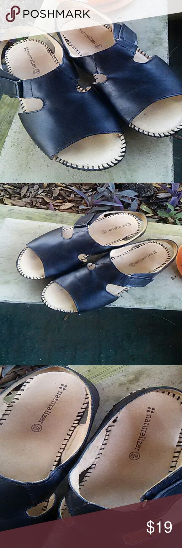 Black flats size 8.5M Naturalizer Shoes Flats & Loafers