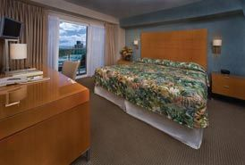 Guest room with king bed, Ala Moana Hotel