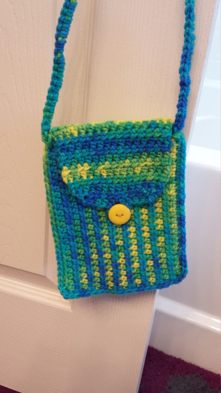Small purse/cell phone bag (green/blue) by FabNGrab on Etsy