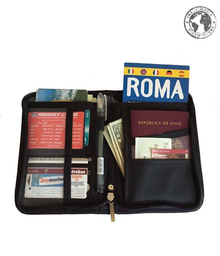 Porta Pasaporte y Documentos. Medidas: 18 x 12,5 cm.