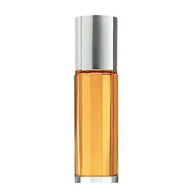 ¿Buscas un perfume fresco? Escape destaca por ser una fragancia con toques florales y acuáticos.