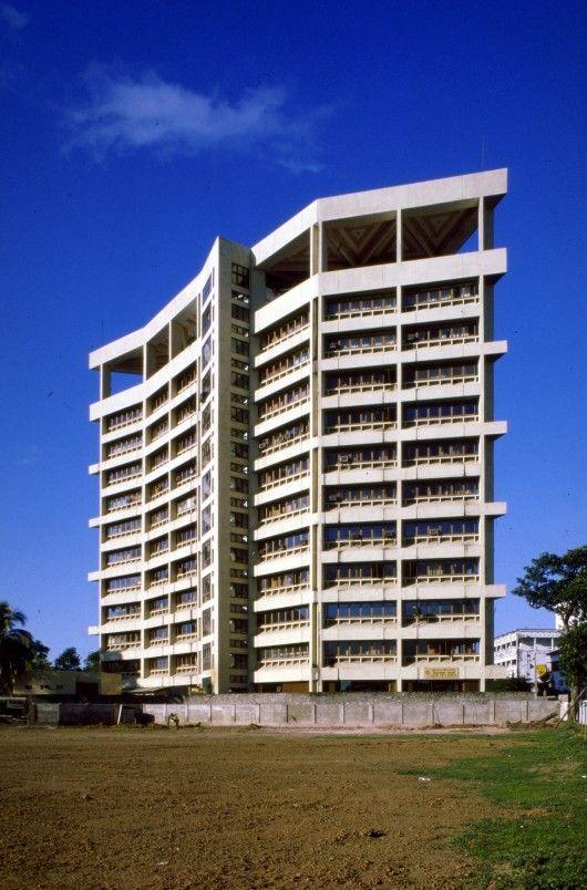 State Mortgage Bank, Colombo, Sri-Lanka, by Geoffrey Bawa
