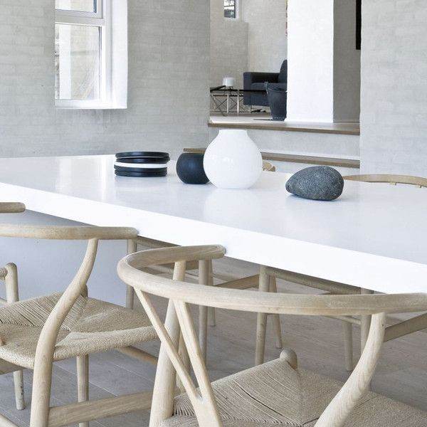 *dining rooms, dining tables, modern interior design* - wegner wishbone chair.