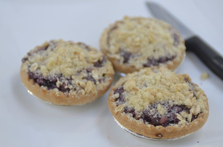 Apple Blueberry Tarts... warm on a cold day? Yes please #cake #dessert #yum