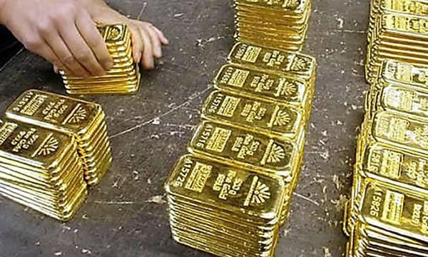 Gm To Trump To Be Clear The Company And Uaw Will Decide Fate Of Lordstown Plant Gold Bullion Bars Gold Money Gold Bullion