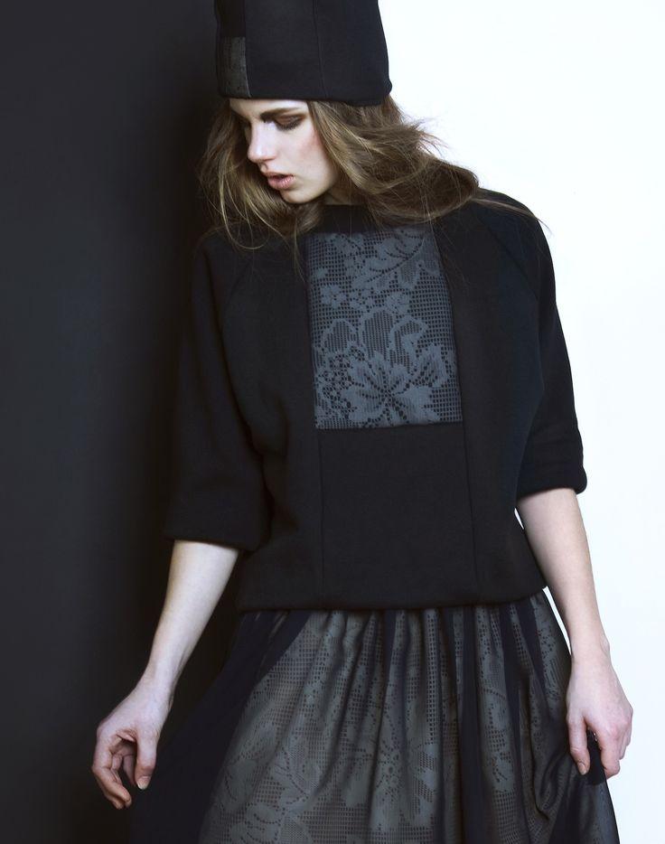 ODIVI dark lace