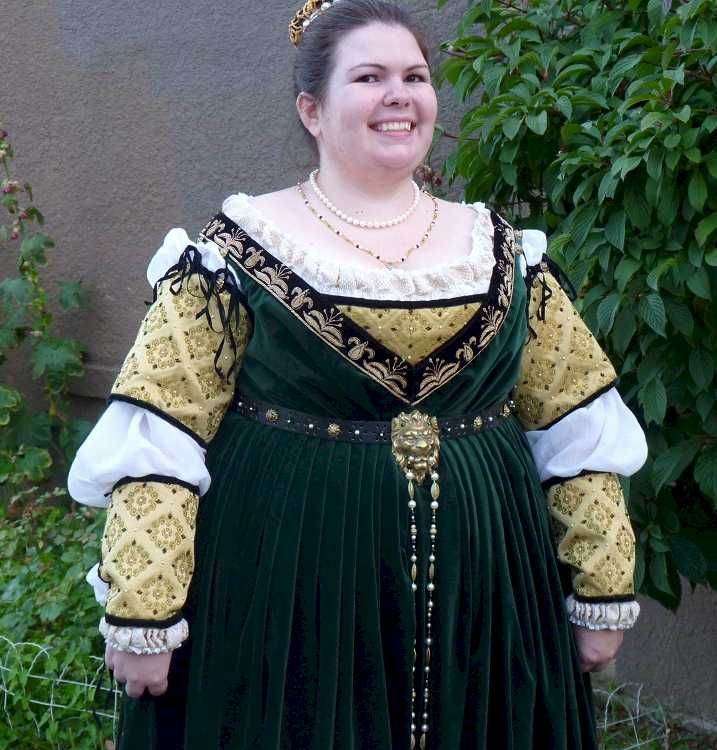 The Italian Renaissance Costuming Challenge - Amanda Stewart