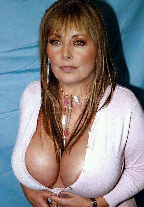 sex med ældre mænd sexy boobs