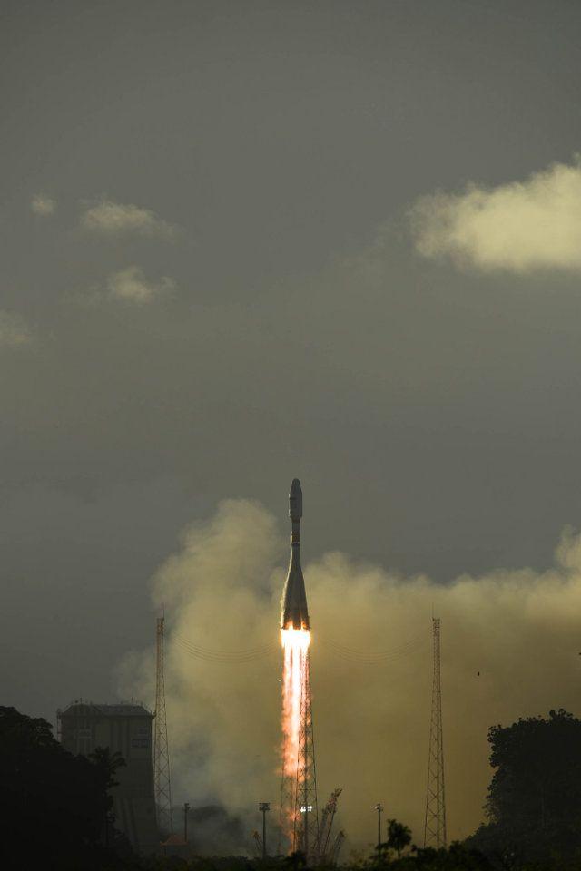 Qualche ora fa, il satellite Sentinel-1B, parte del programma Copernicus / GMES, è stato lanciato dallo spazioporto di Kourou, nella Guiana francese, su un razzo vettore  Soyuz-STA/Fregat-M. Leggi i dettagli nell'articolo!