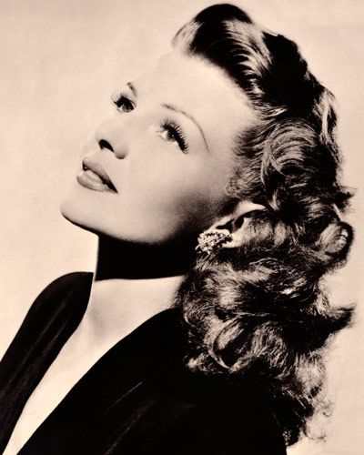 Rita Hayworth's cascading texture made waves in the beauty world throughout the '40s and '50s, and has recently experienced a revival with the celebrities of today.