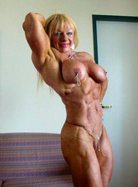Maryse Manios Nude Pictures 28